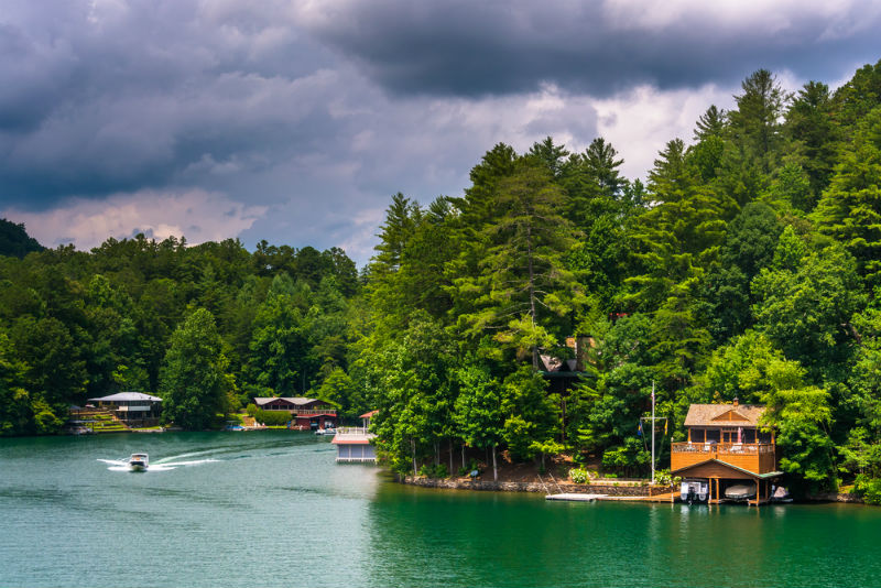 Houses on shore of lake